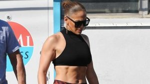 She showed a muscular body: Jennifer Lopez (50) is in great shape and doesn't slow down